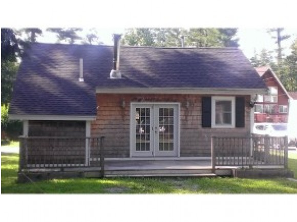 612 Collettes Grove Road, Derry, NH 03038
