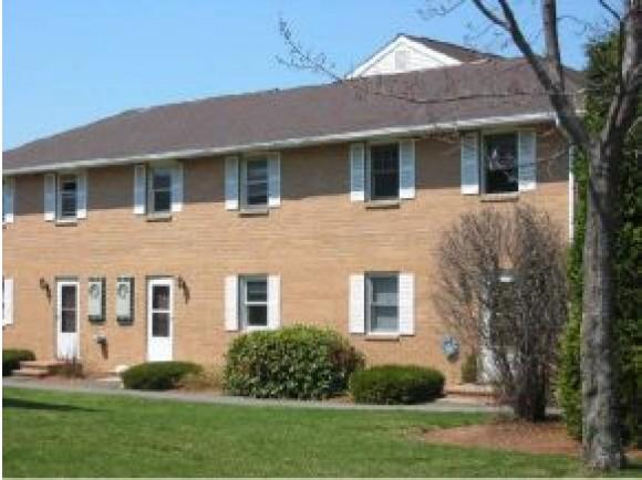 705 Elmwood #APT 705, Hudson, NH