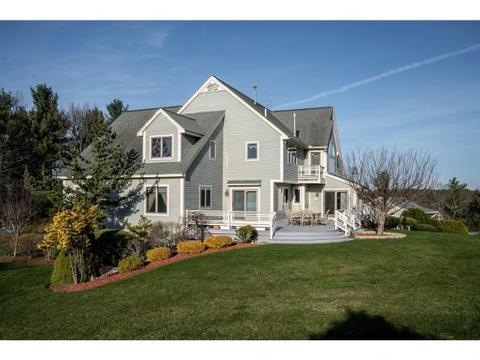 10 Federal Hill Rd, Nashua, NH 03062