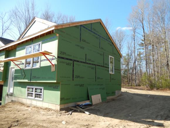 51 Channings Lane, Rochester, NH 03868
