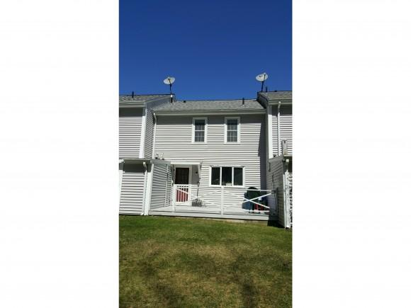 2 Tanglewood Dr #2, East Hampstead, NH 03826