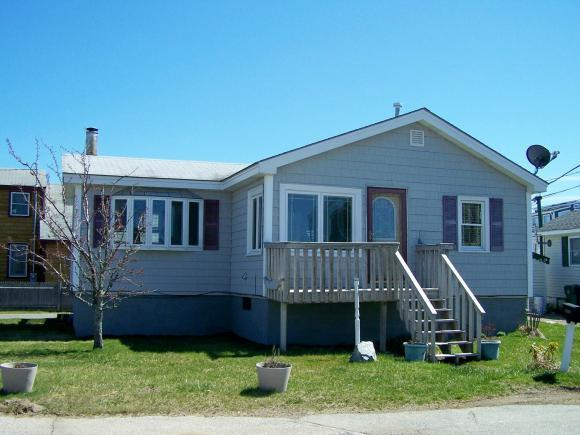 1 Battcock Ave, Hampton, NH 03842