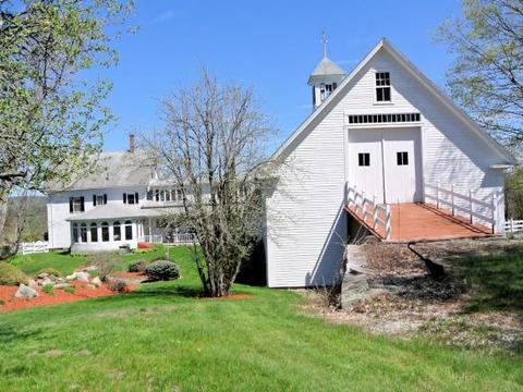 139 Main St, Chichester, NH 03258