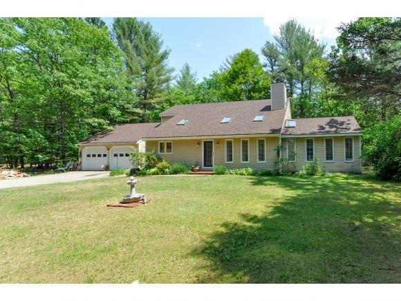 521 Blueberry Ln, North Conway, NH 03860
