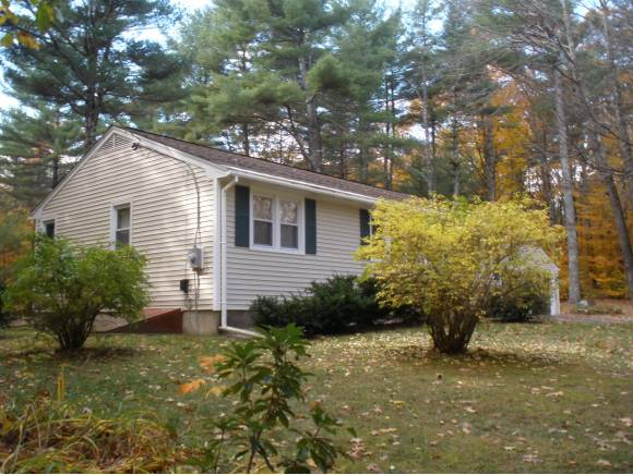 25 Water Village Road, Ossipee, NH 03864