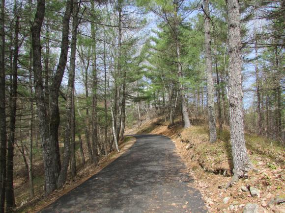 27 Windy Point Road, Sanbornville, NH 03872