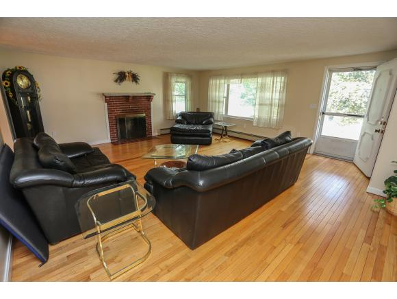 1405 River Road, Manchester, NH 03104