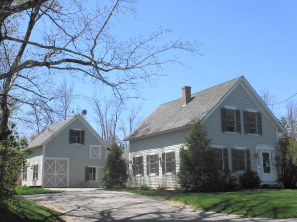 27 Canterbury Rd, Chichester, NH 03258