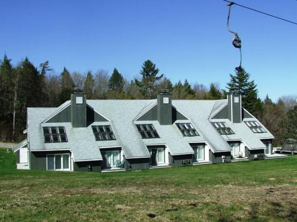 35 Tenney Brook Rd D-4 #4, Plymouth, NH 03264