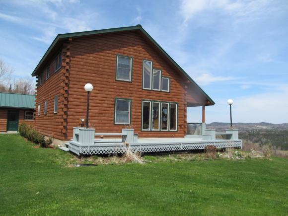 166 Bungy Rd, Colebrook, NH 03576