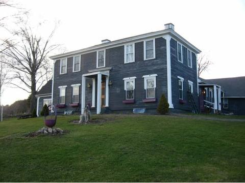 86 Old Newport Rd, Claremont, NH 03743