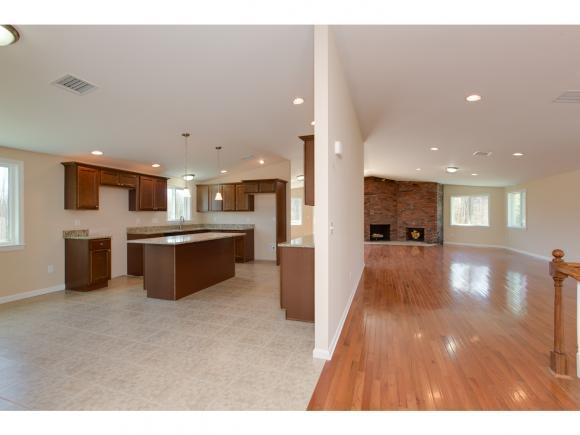 22 Hickory Dr #A, Amherst, NH 03031