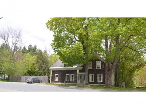 136 Village Rd, Newbury, NH 03255