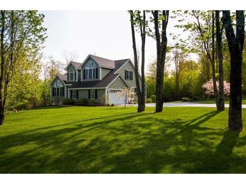 91 Upper Mile Point Dr, Meredith, NH 03253