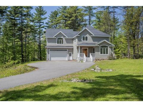 107 Forest Rd, Wolfeboro, NH 03894