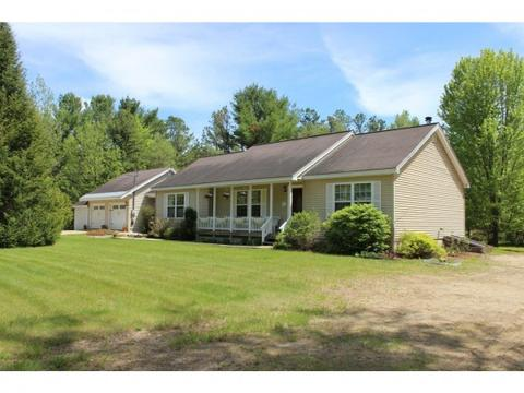 30 Hampshire Rd, Freedom, NH 03836