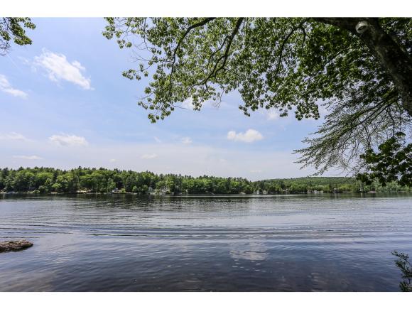 6 Lakeside Drive, Merrimack, NH 03054