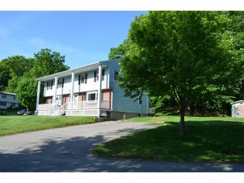 2 Middle Rd, Plaistow, NH 03865