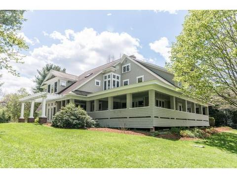 17 Rope Ferry Rd, Hanover, NH 03755