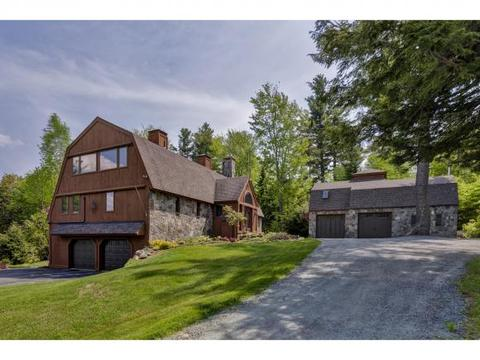 202 Sargent Rd, New London, NH 03257