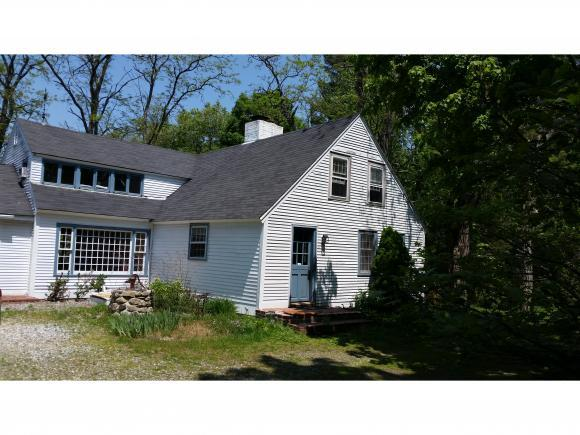 106 Horace Greeley Rd, Amherst, NH 03031