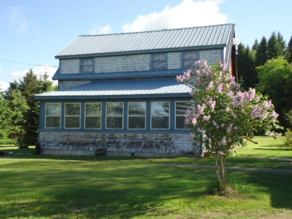 39 Hall Rd, Errol, NH 03579