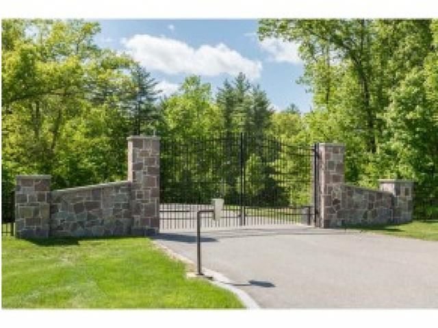 3 Newbury Rd, Windham, NH 03087