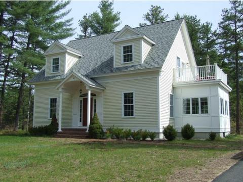 63 Old Mill Rd, Ossipee, NH 03890