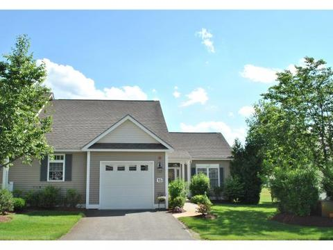 15 Old Stage Rd, Litchfield, NH 03052