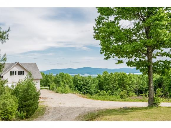 22 Suncrest Dr, Wolfeboro, NH 03894