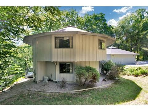80 River St, Wolfeboro, NH 03894