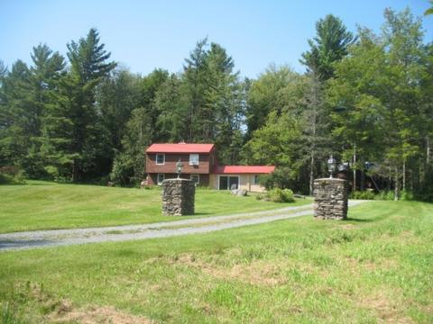 3060 Easton Valley Rd, Easton, NH 03850
