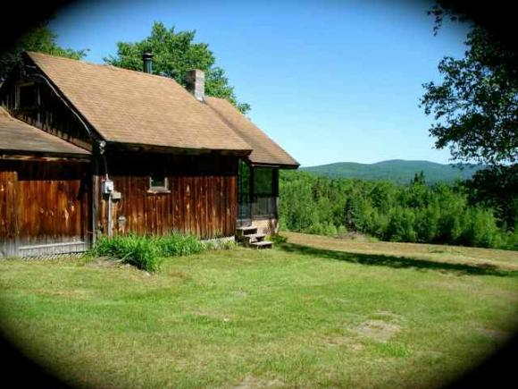 445 Hill Rd, Pittsburg, NH 03592