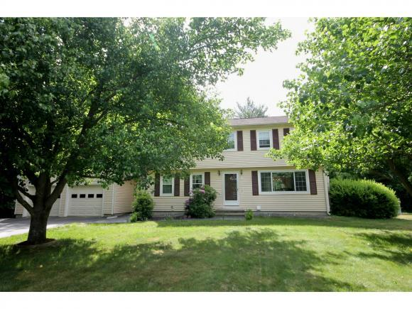 5 Picadilly Cir, Londonderry, NH 03053