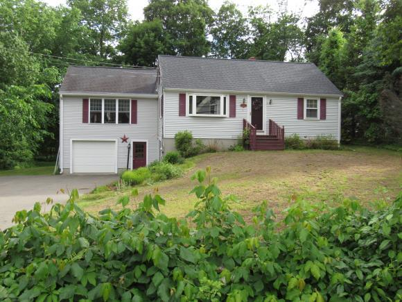 11 East Rd, Hampstead, NH 03841