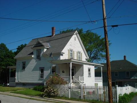 22 Highland Ave, Claremont, NH 03743