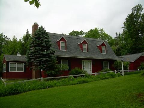 175 Mountain View Rd, Whitefield, NH 03598