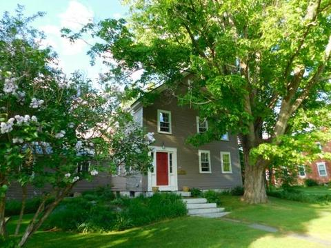 99 Court St, Haverhill, NH 03765