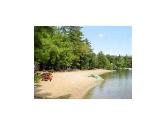 60 Locarno St, Moultonborough, NH 03254