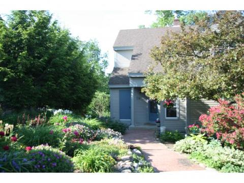 9-17 Troon Ter, Holderness, NH 03245