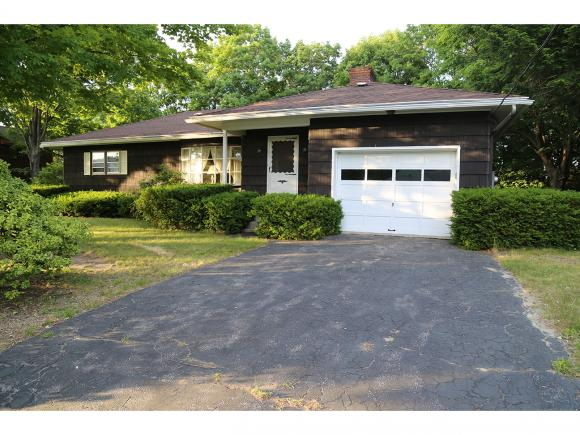 52 Peabody Ave, Manchester, NH 03109
