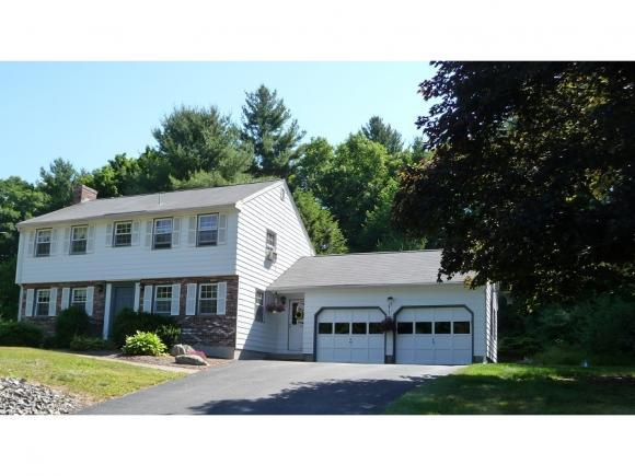 10 Mulberry St, Windham, NH 03087