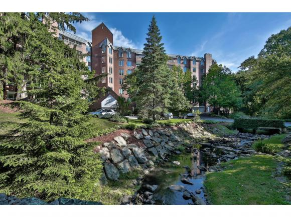 300 River Road #501, Manchester, NH 03104