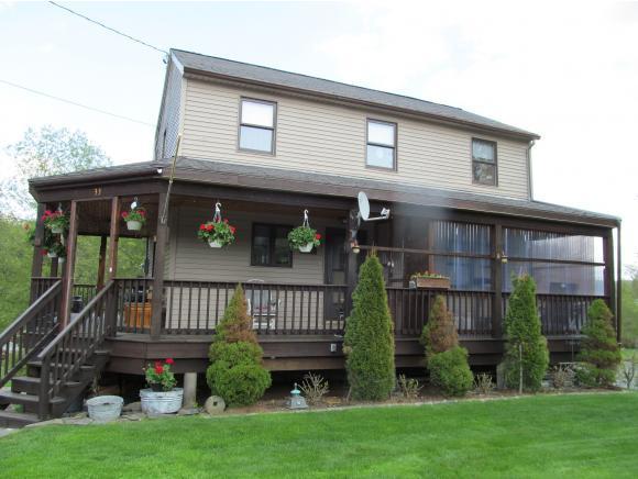33 Mill St, Pittsburg, NH 03592