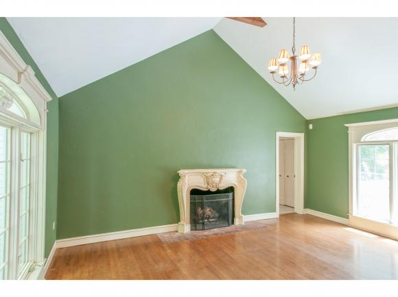 2 Old Evergreen Road, Bedford, NH 03110