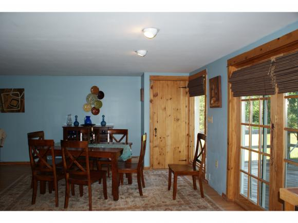 22 Gingerbread Village Extension, Easton, NH 03580