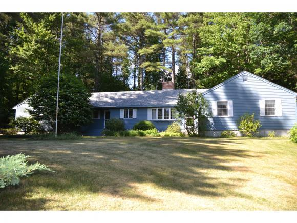17 Berrywood Dr, Wolfeboro, NH 03894