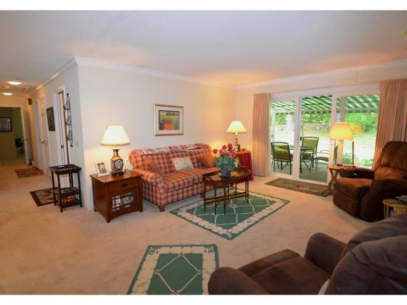 122 Hilltop Place #122, New London, NH 03257