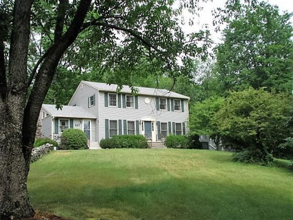 827 Route 106 North Hwy, Loudon, NH 03307
