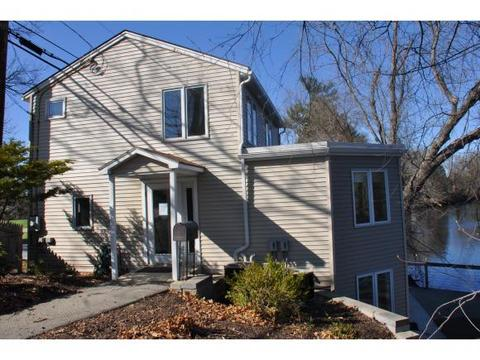501 Hall St, Bow, NH 03304